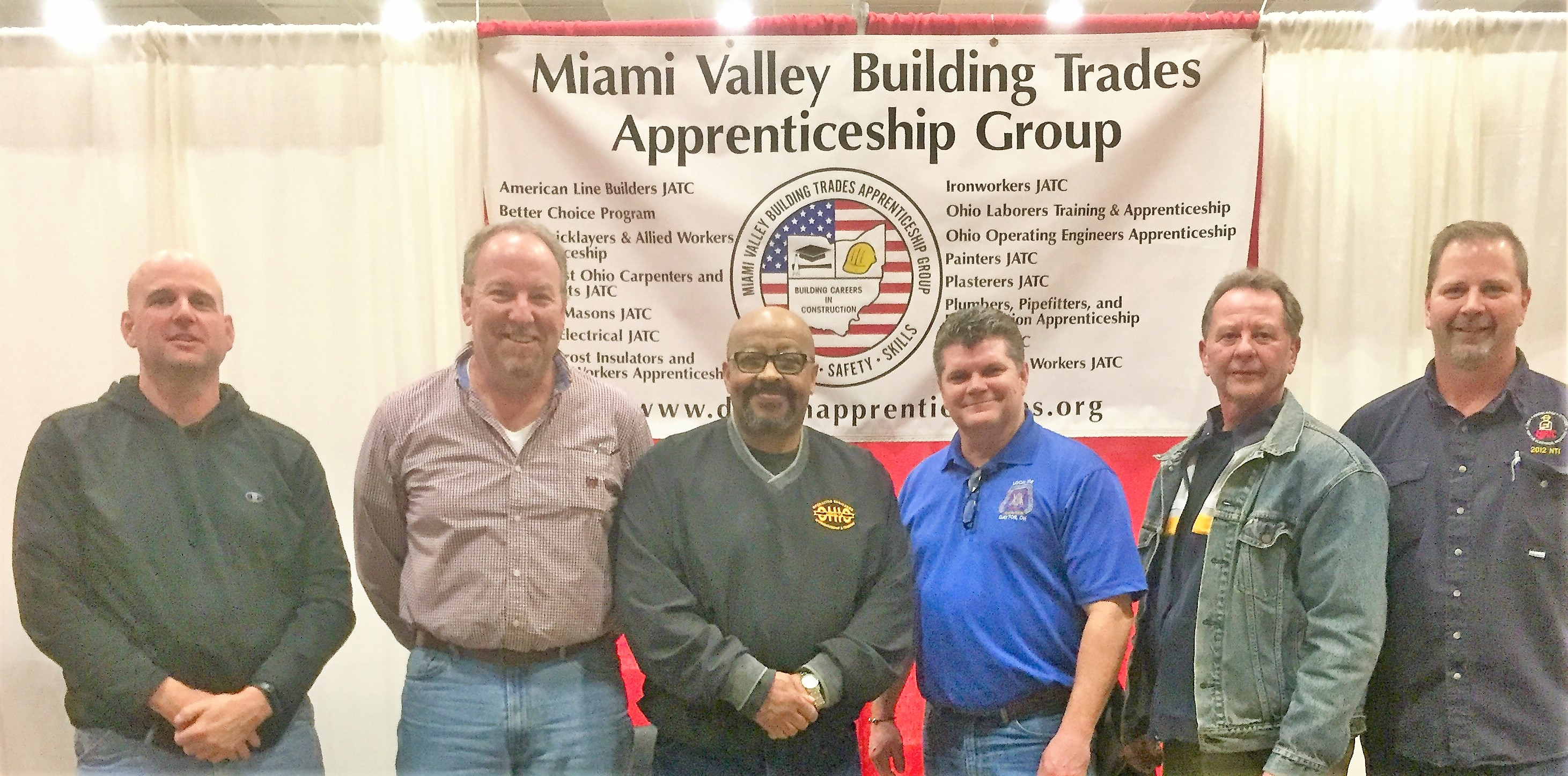 MV Building Trades Apprenticeship Group Attends Construction Career Expo